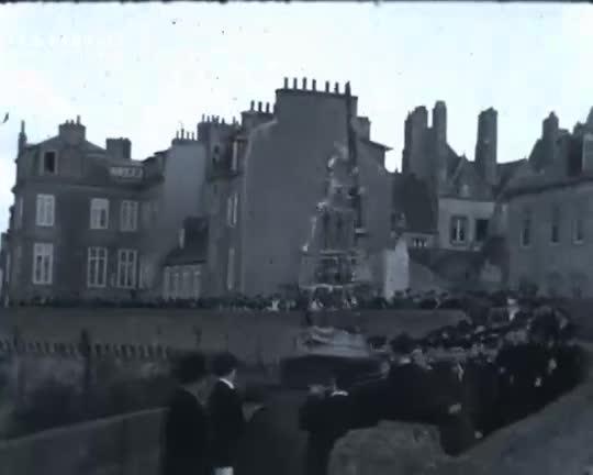 1938, Saint-Malo