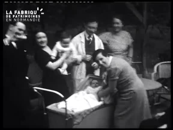 1935, enfance