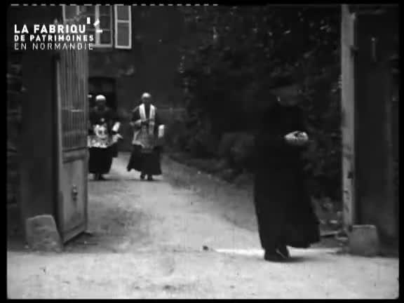 1941, la communion d'Odette