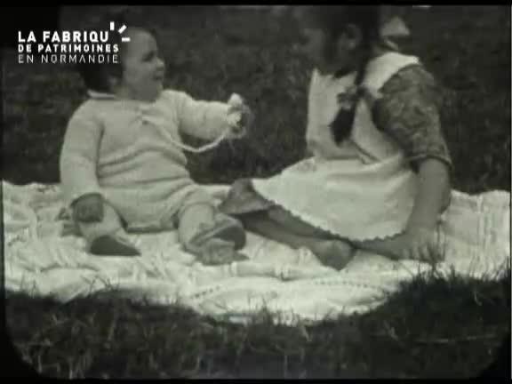 Famille aisée, années vingt dans la Manche et les Yvelines