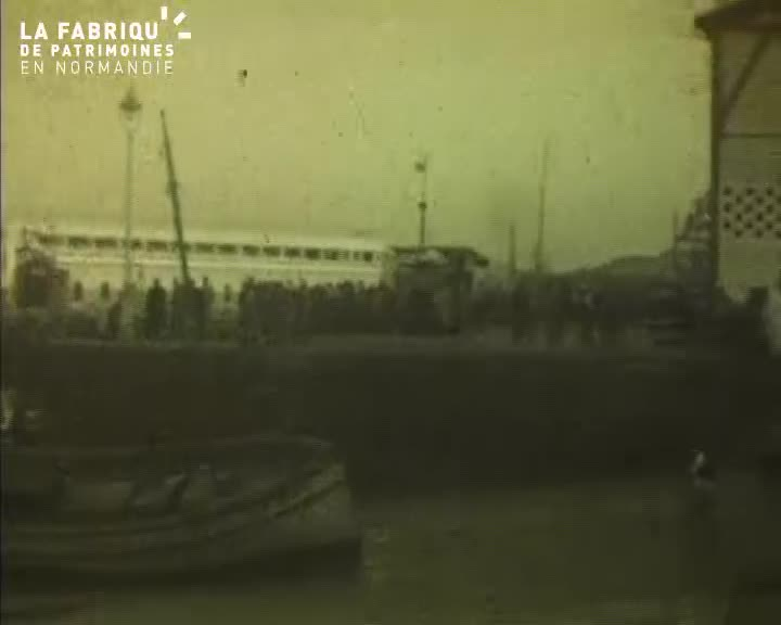 Navires militaires à Casablanca